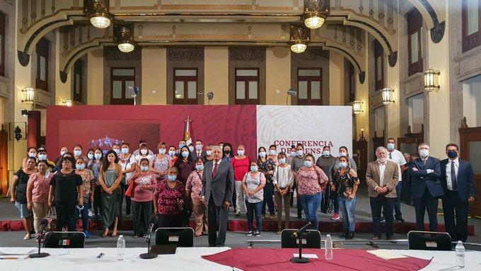 AMLO propone indemnizar con 3.7 mdp a familiares de mineros de Pasta de  Conchos
