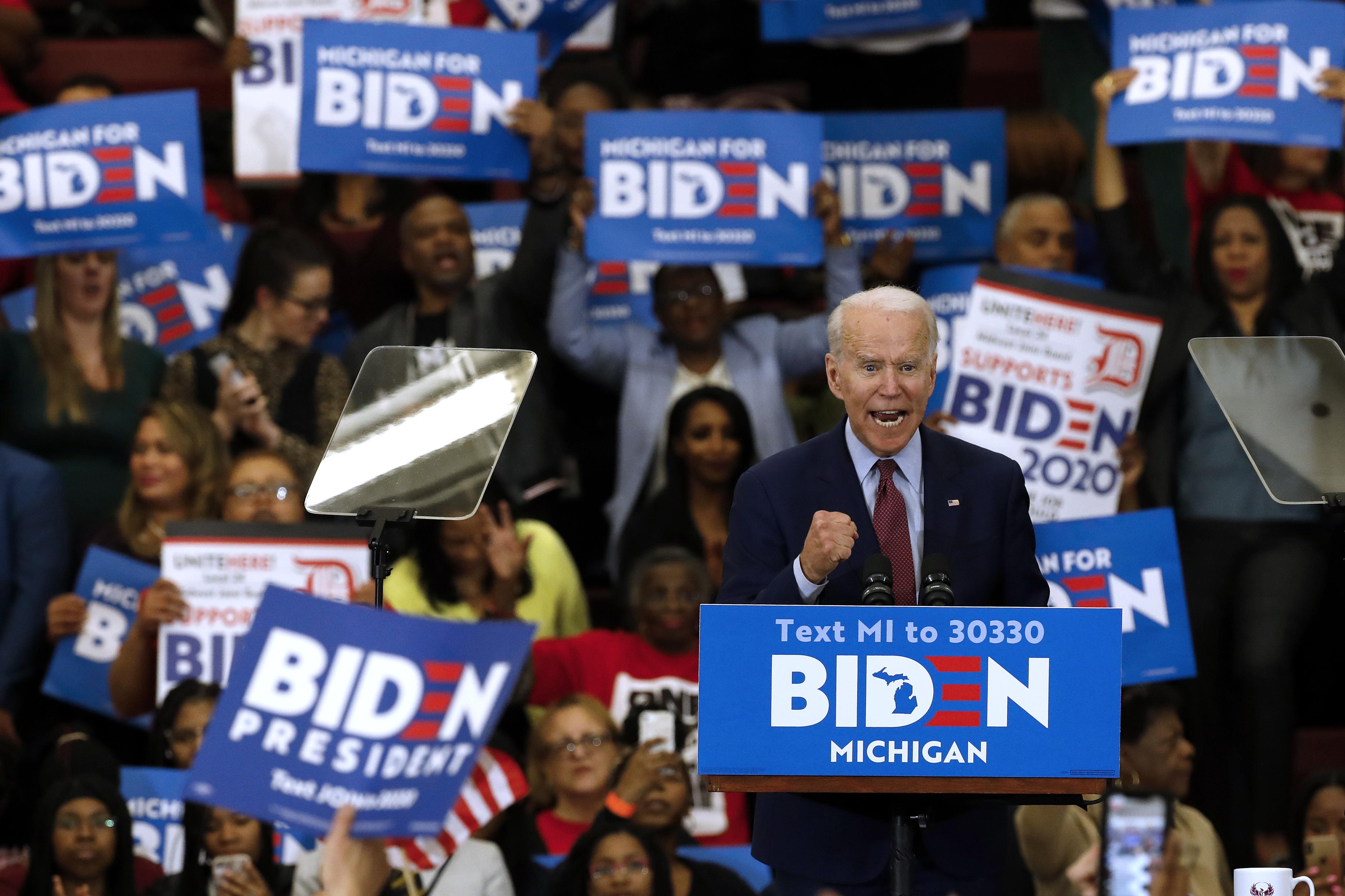 Biden y Sanders se enfrentan en unas elecciones clave en seis estados