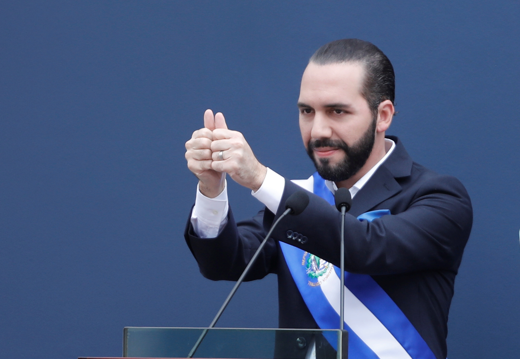 https expansion mx mundo 2019 06 20 quien es nayib bukele 10 datos para conocer al presidente de el salvador