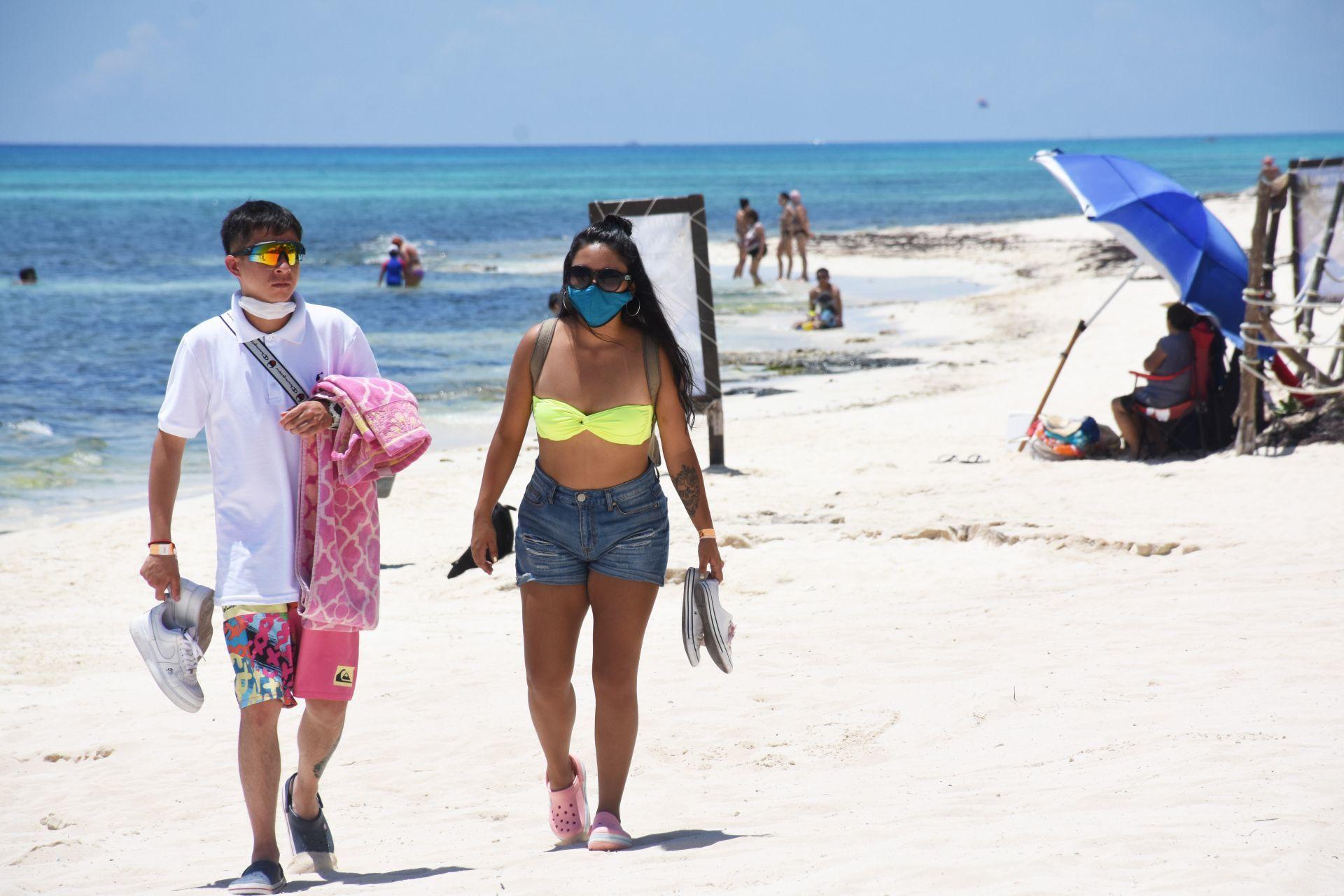 Playas de Cancún, Tulum y Playa del Carmen reabrirán a partir del lunes