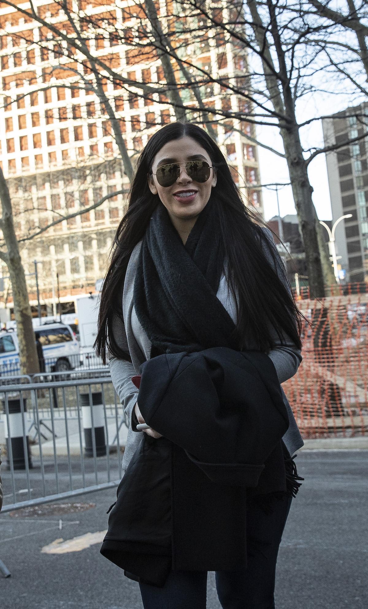En medio de fuertes críticas, hoy se estrena Emma Coronel en reality show
