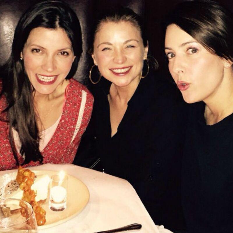 Ludwika y Alondra en el festejo de su amiga Natalia Ferreiro.