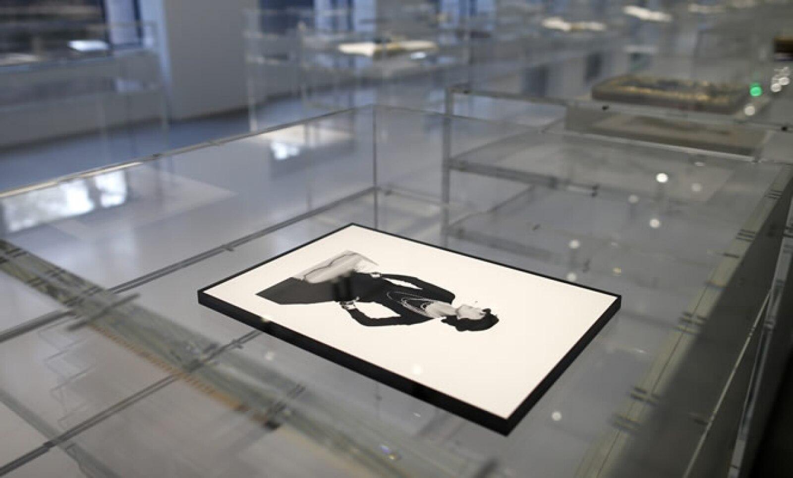 Un retrato de la diseñadora creado por el artista Man Ray en 1935.