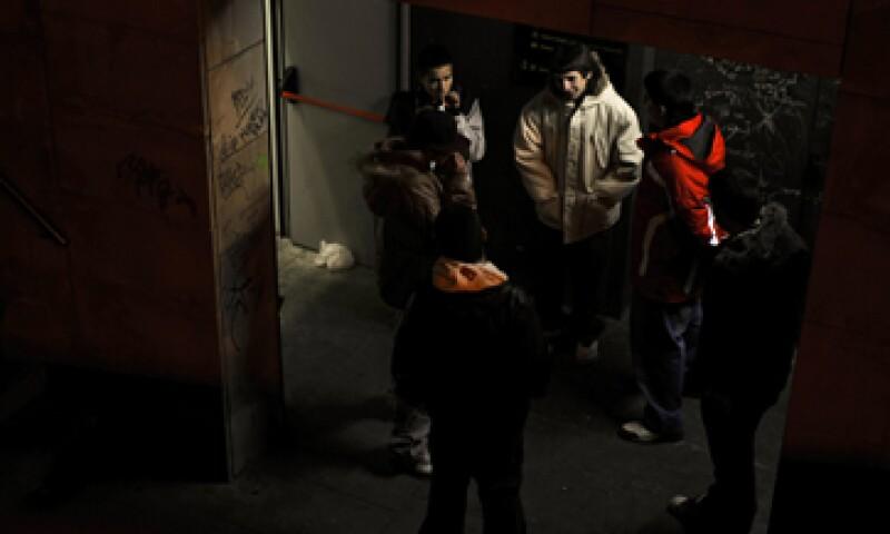 La tasa de desempleo en España ha subido al 26%. (Foto: AP)