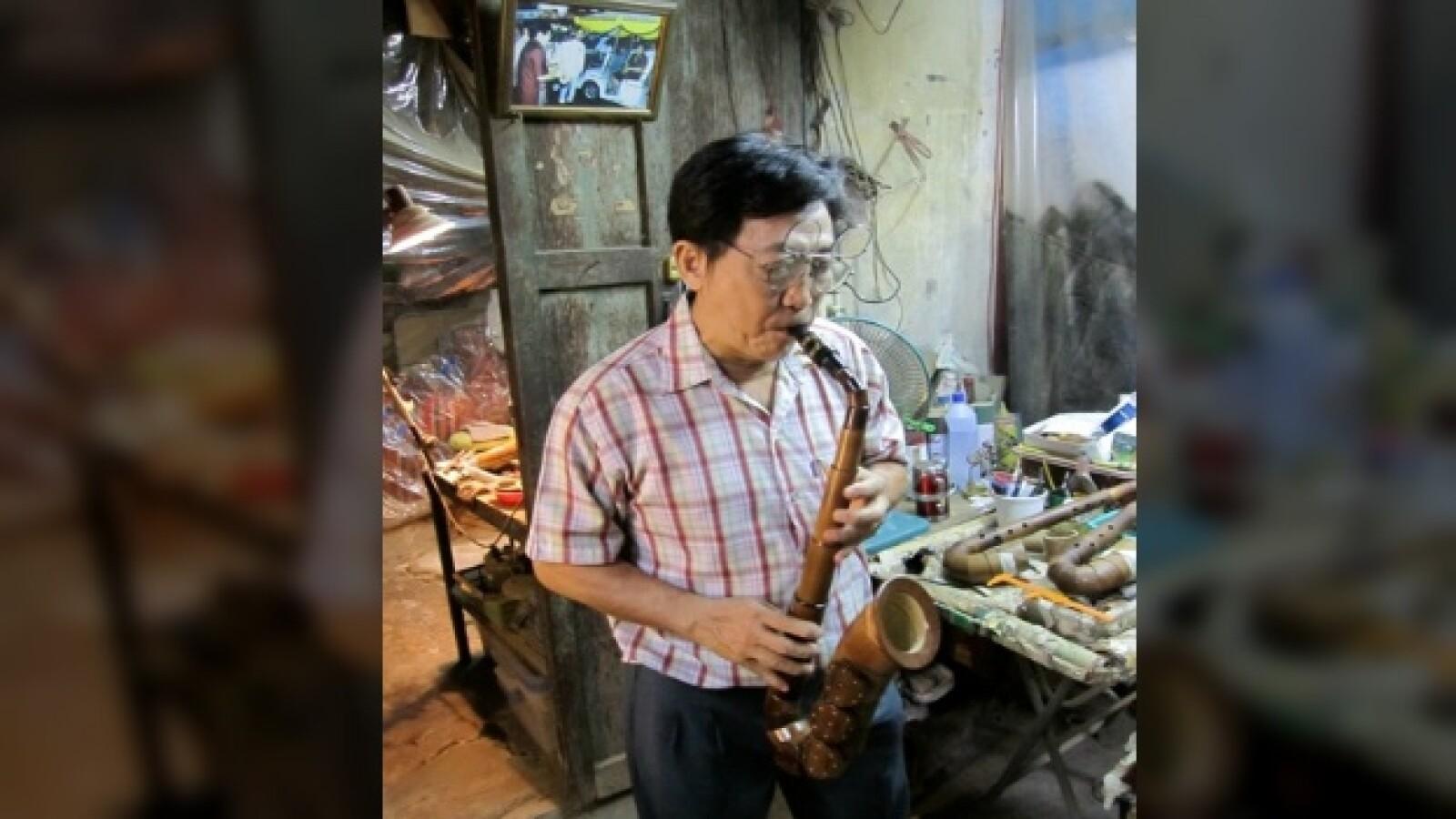 Saxofones de bambu