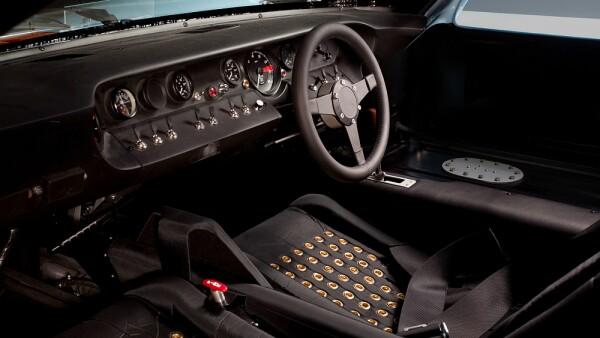 GT40 int.jpg