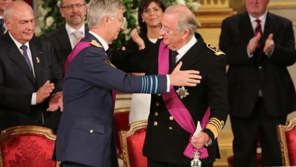 El séptimo rey de Bélgica ha prestado juramento esta mañana ante el Parlamento nacional, asumiendo el cargo de su padre, Alberto II, quien decidió abdicar luego de 20 años de reinado.