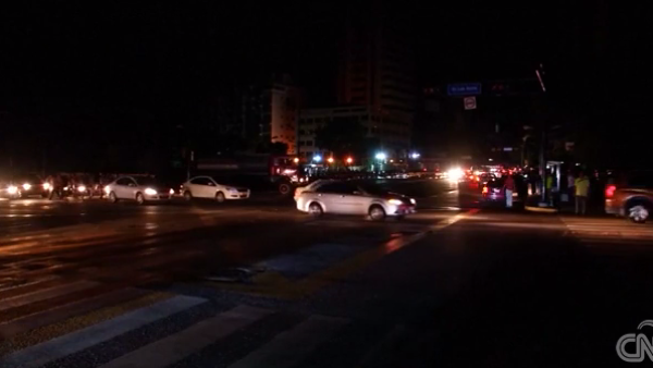 Así sobreviven los venezolanos al segundo apagón eléctrico masivo