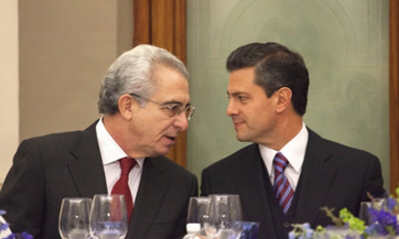 El ex mandatario Ernesto Zedillo se reunió con el presidente electo, Enrique Peña Nieto en el evento de Banorte-Ixe. (Foto: Notimex)