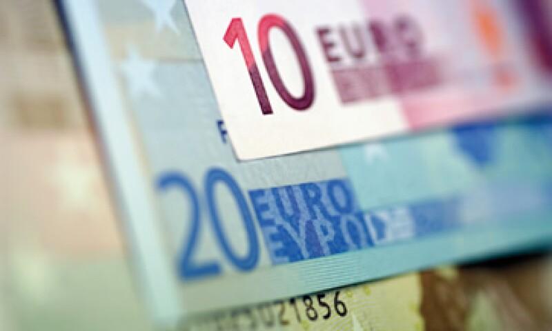 Los bonistas necesitan ceder unos 100,000 millones de euros de sus inversiones en el planeado canje de bonos acordado en octubre. (Foto: Thinkstock)