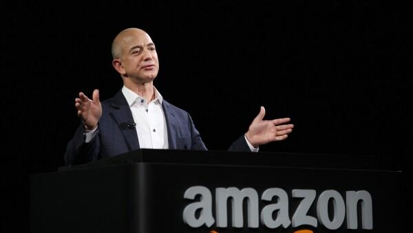 Amazon está teniendo un desempeño por arriba del esperado, provocando los elogios de multimillonarios como Warren Buffett.