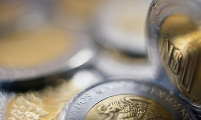 El peso será valuado, en promedio, en 12.50 unidades por dólar, estimó la firma. (Foto: Getty Images)