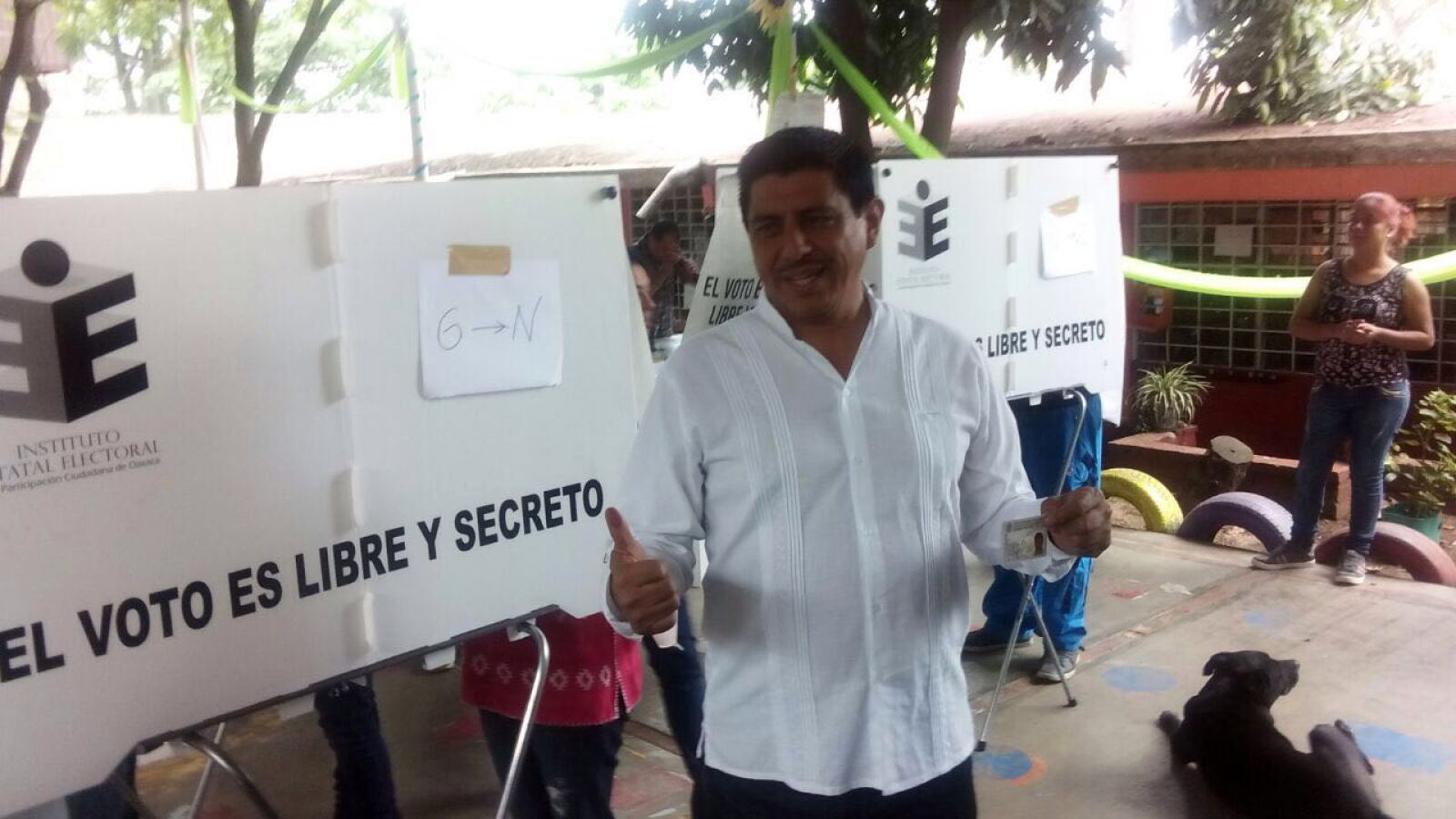 Salomón Jara Cruz, candidato a gobernador en Oaxaca, dijo que buscará amarrar el triunfo de MORENA