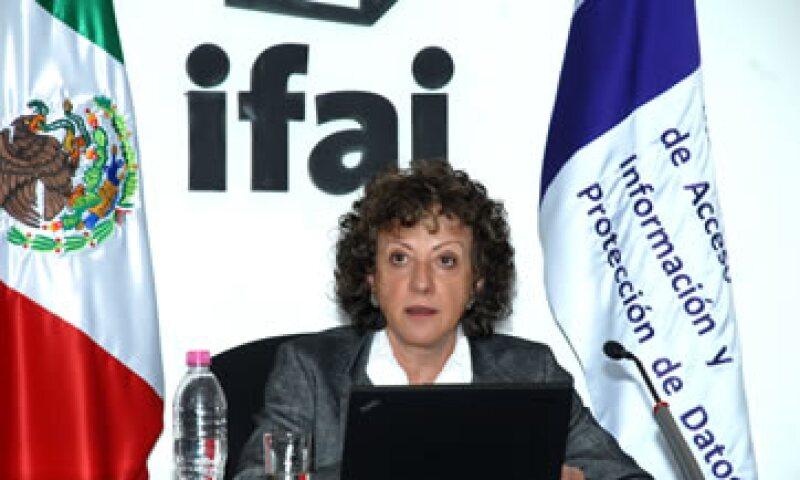 La comisionada presidenta Jacqueline Peschard dirigió cartas a cada uno de los candidatos. (Foto: Notimex)