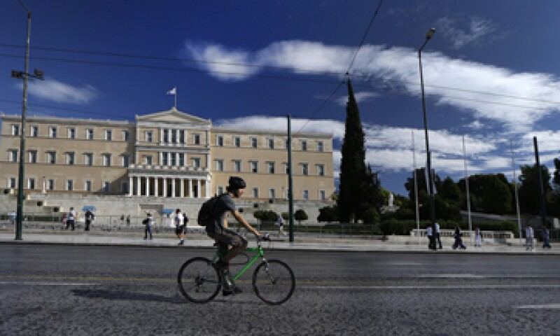 Las medidas de austeridad y los aumentos de impuestos buscan ahorrar unos 17,300 mdd en 2013-2014.  (Foto: AP)