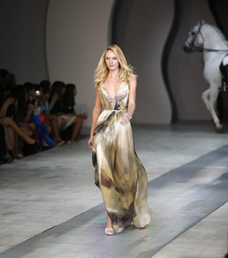 La modelo portó un vestido de la marca Rimini.