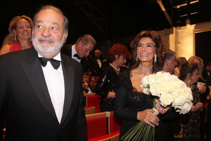 Hace unos días el empresario mexicano y la estrella italiana asistieron al evento organizado en Ginebra en honor al fallecido esposo de Loren.
