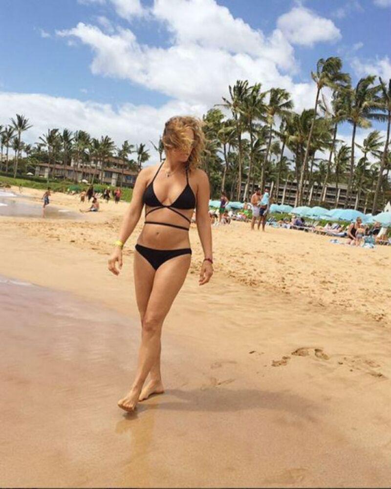 La empresaria y ex esposa de Jorge Vergara compartió en Instagram las mejores fotos de sus vacaciones en la playa con Valentina y Mariaignacia.