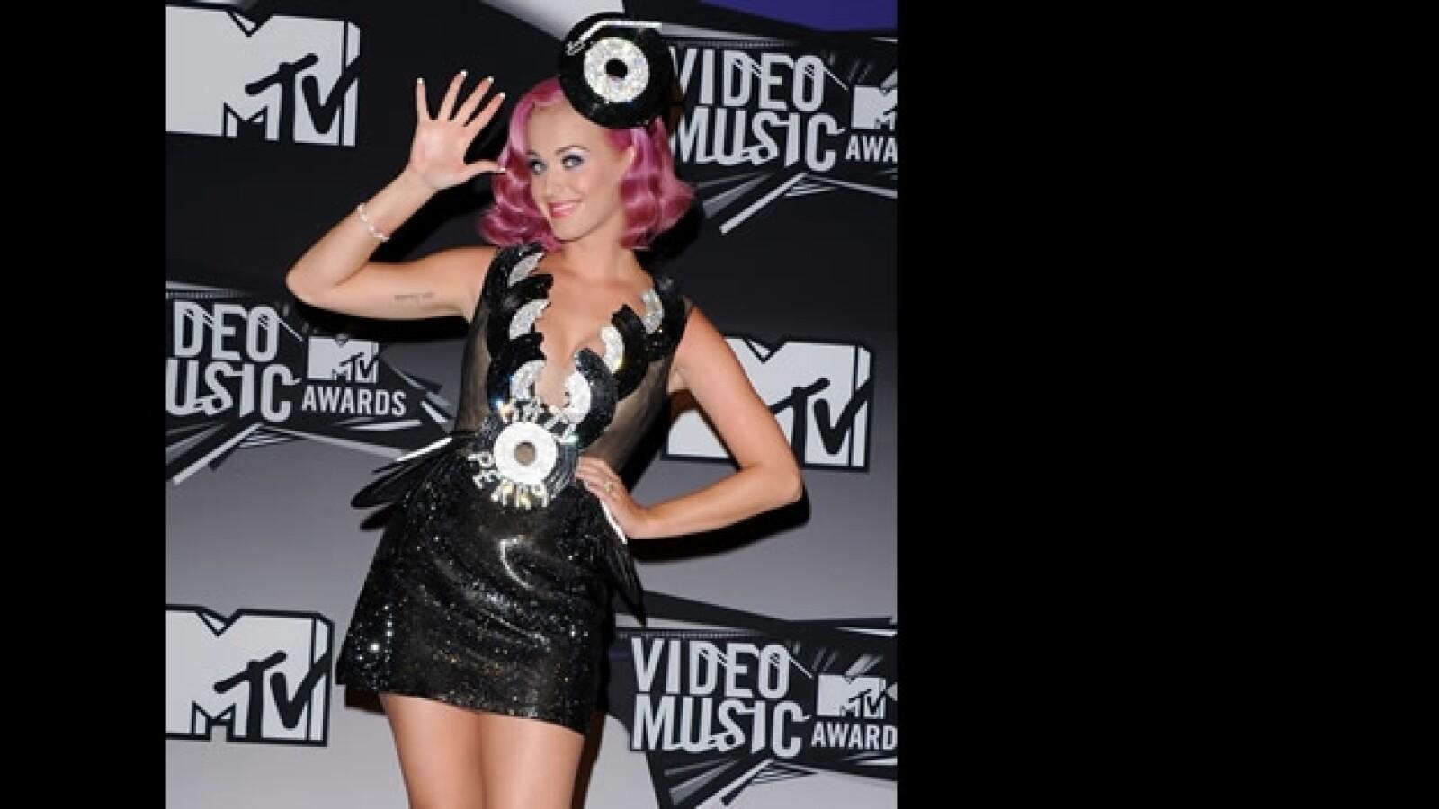 vestidos exoticos MTV VMA 2