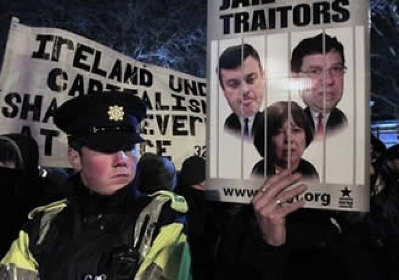 El Gobierno de Irlanda no requería de la aprobación del Parlamento del préstamo de Europa y el FMI. (Foto: Reuters)