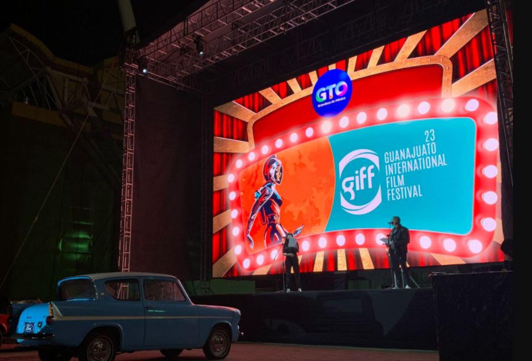 El Festival Internacional de Cine de Guanajuato inicia en un autocinema