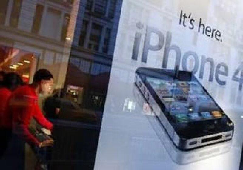 Apple alista su estrategia para llevarse el mercado de los celulares inteligentes. (Foto: Reuters)