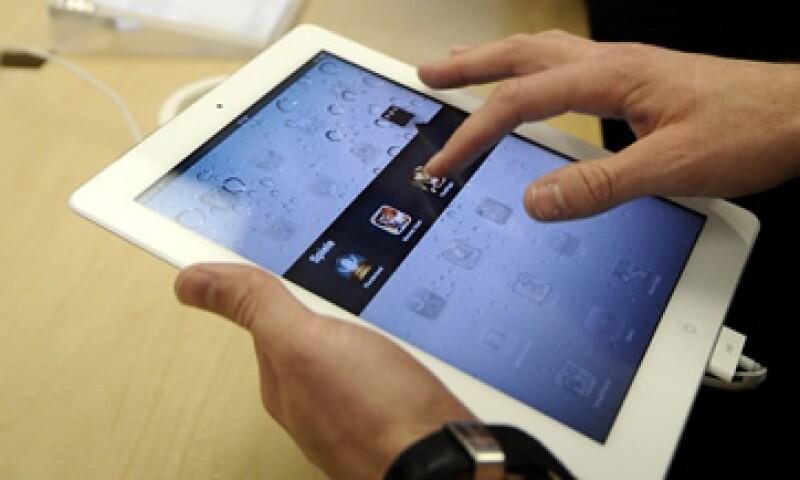 La plataforma iOS está en tres dispositivos muy populares, el iPhone, la iPad y el iPod touch. (Foto: AP)