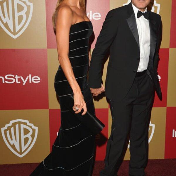 Stacy sólo le lleva 2 centímetros a Clooney sin embargo a la hora de usar tacones la diferencia es notable.