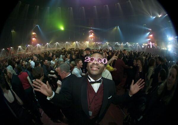 2000 NEW YEAR CELEBRATIONS - 01 JAN 2000