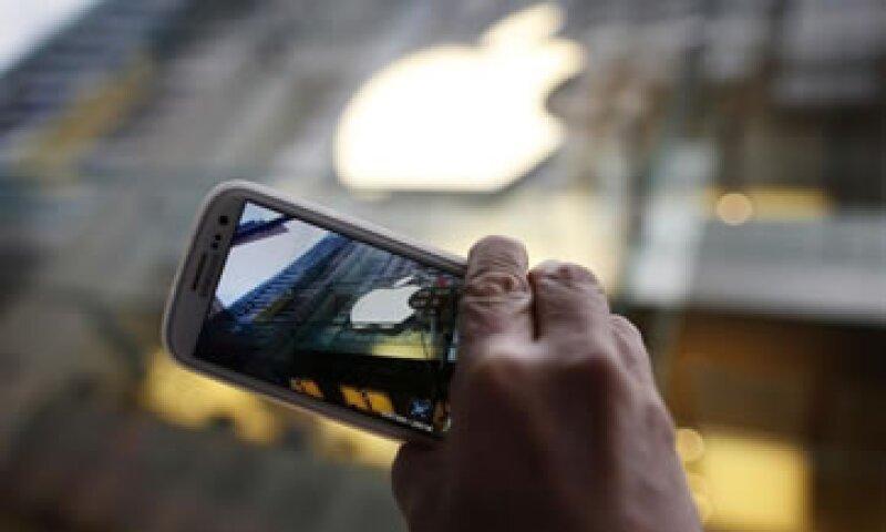La sustitución de iPhones con dos años o más implica un crecimiento interanual en las ventas de 243%. (Foto: Reuters)