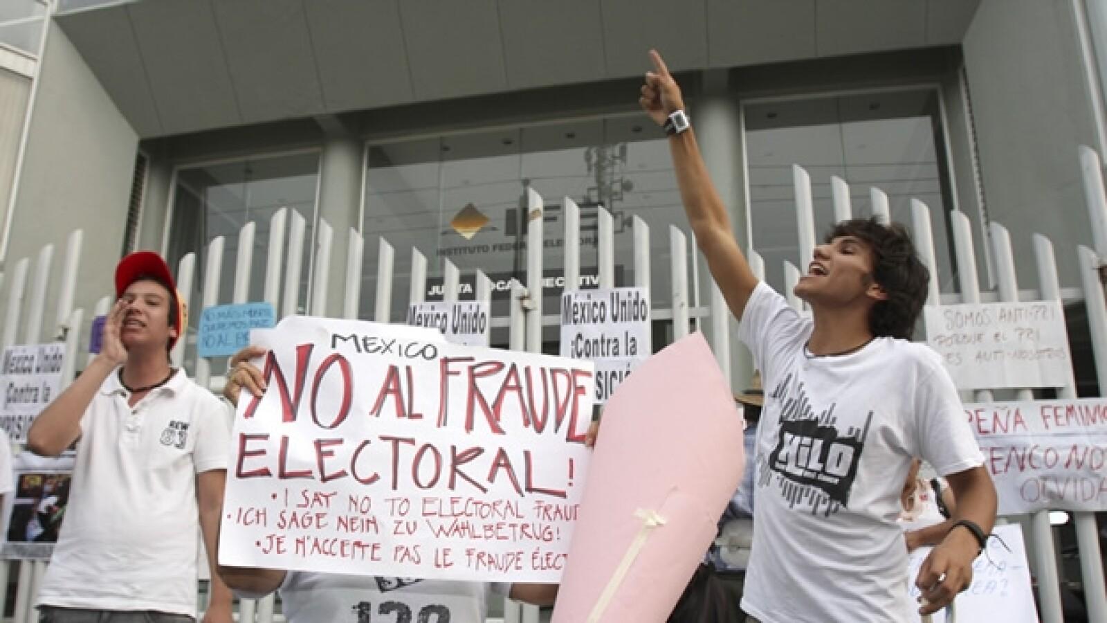 cuernavaca protesta por nombramiento de peña nieto
