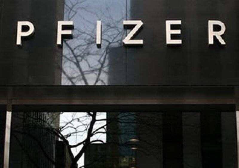 Pfizer calcula que invierte 5,000 mdd por cada medicamento, y puede que éste no funcione. (Foto: AP)