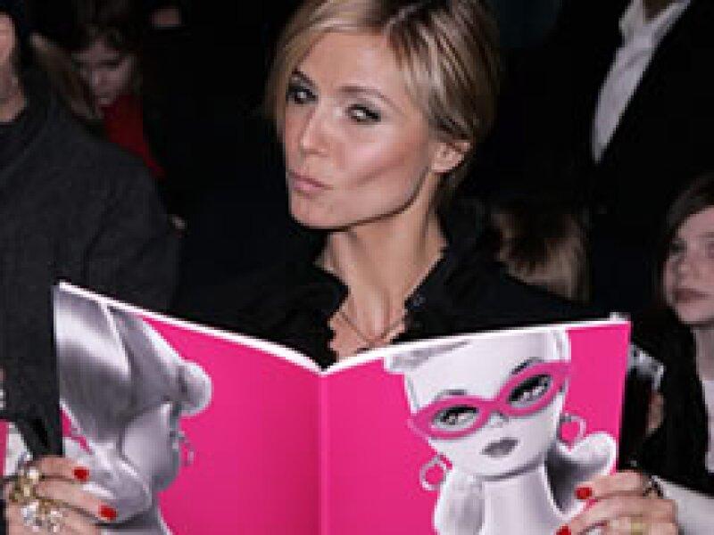La modelo Heidi Klum disfrutó de la pasarela de Barbie. (Foto: Reuters)