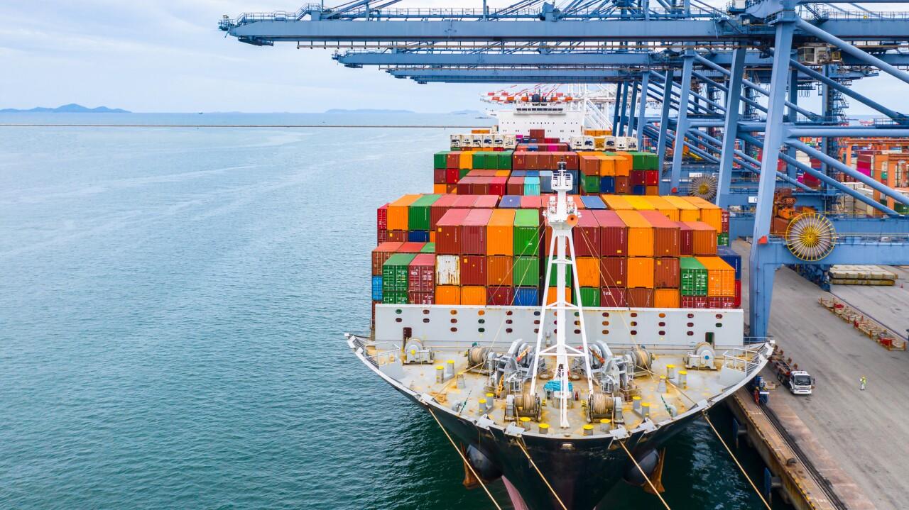 Las exportaciones de México se reactivan por demanda de bienes en EU