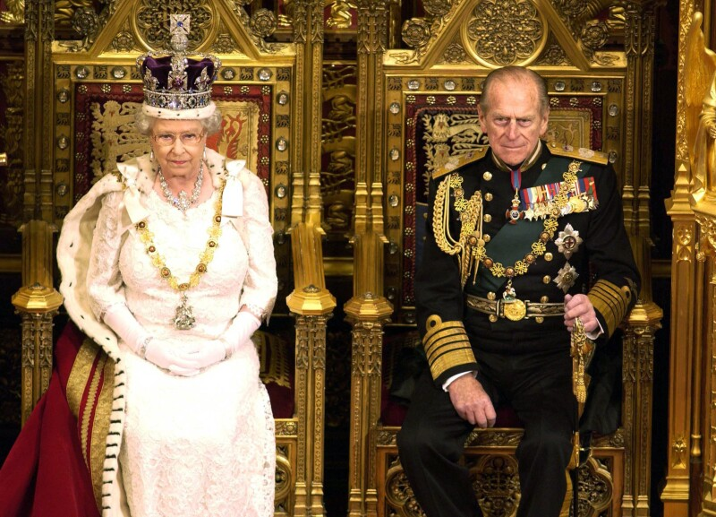 Isabel II y Felipe de Edimburgo en Britain's State Opening of Parliament