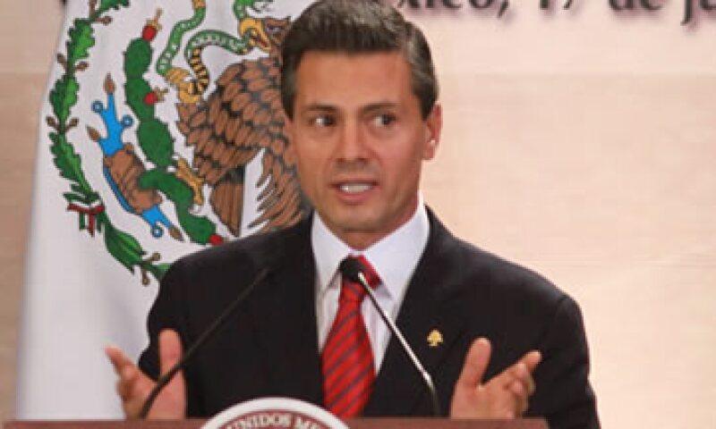 Peña Nieto destacó cifras como las ventas de autos y el incremento en el consumo. (Foto: Notimex )