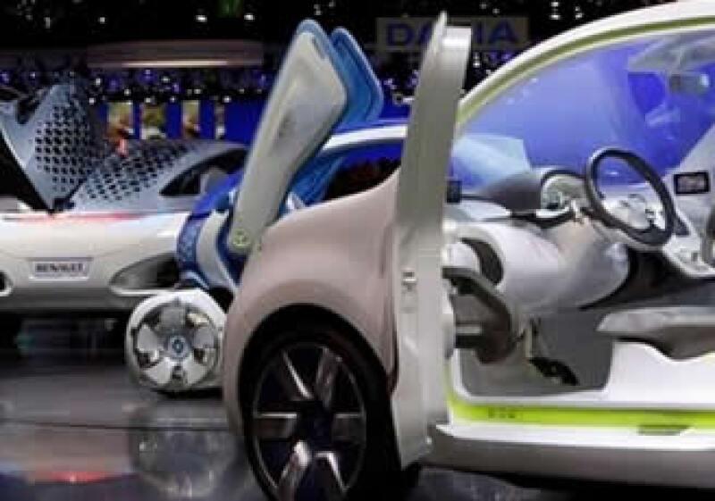 Renault espera iniciar la venta de tres modelos de autos eléctricos este mismo año. (Foto: AP)