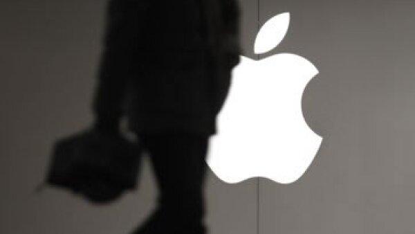 Bajo la dirección de Tim Cook, los ingesos de Apple se elevaron a 108,000 mdd. (Foto: AP)