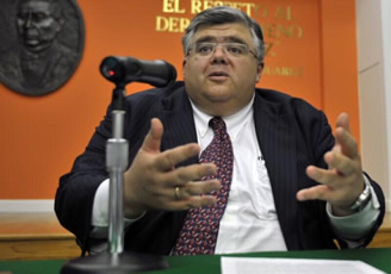 Agustín Carstens, secretario de Hacienda, prepara una reforma tributaria (Foto: Notimex)