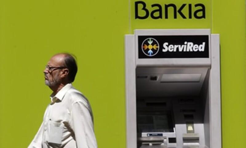 El Gobierno español tomó una participación mayoritaria en el capital de Bankia para garantizar la solvencia de ese banco. (Foto: Reuters)