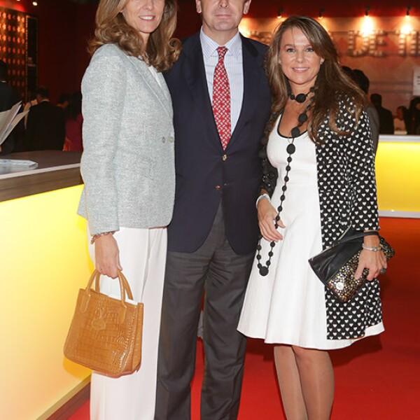 Ana López de Ocaña ,Luis Fernández y Sandra Quintanero