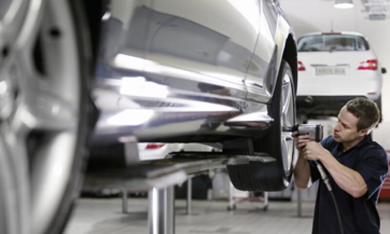 En los próximos tres años la producción automotriz rebasará los cuatro millones de unidades. (Foto: Getty Images)