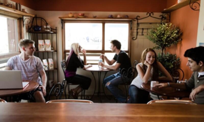Mucha gente joven no espera necesariamente obtener contenidos de forma gratuita y está dispuesta a pagar. (Foto: Thinkstock)