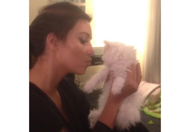 Kim Kardashian, Jaime Camil, Kelly Osbourne y Kate del Castillo subieron a la red social algunas de las fotos más llamativas de esta semana.