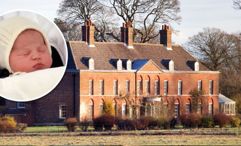 La familia real ha abandonado hoy el Palacio de Kensington para mudarse a su casa de campo en Norfolk.