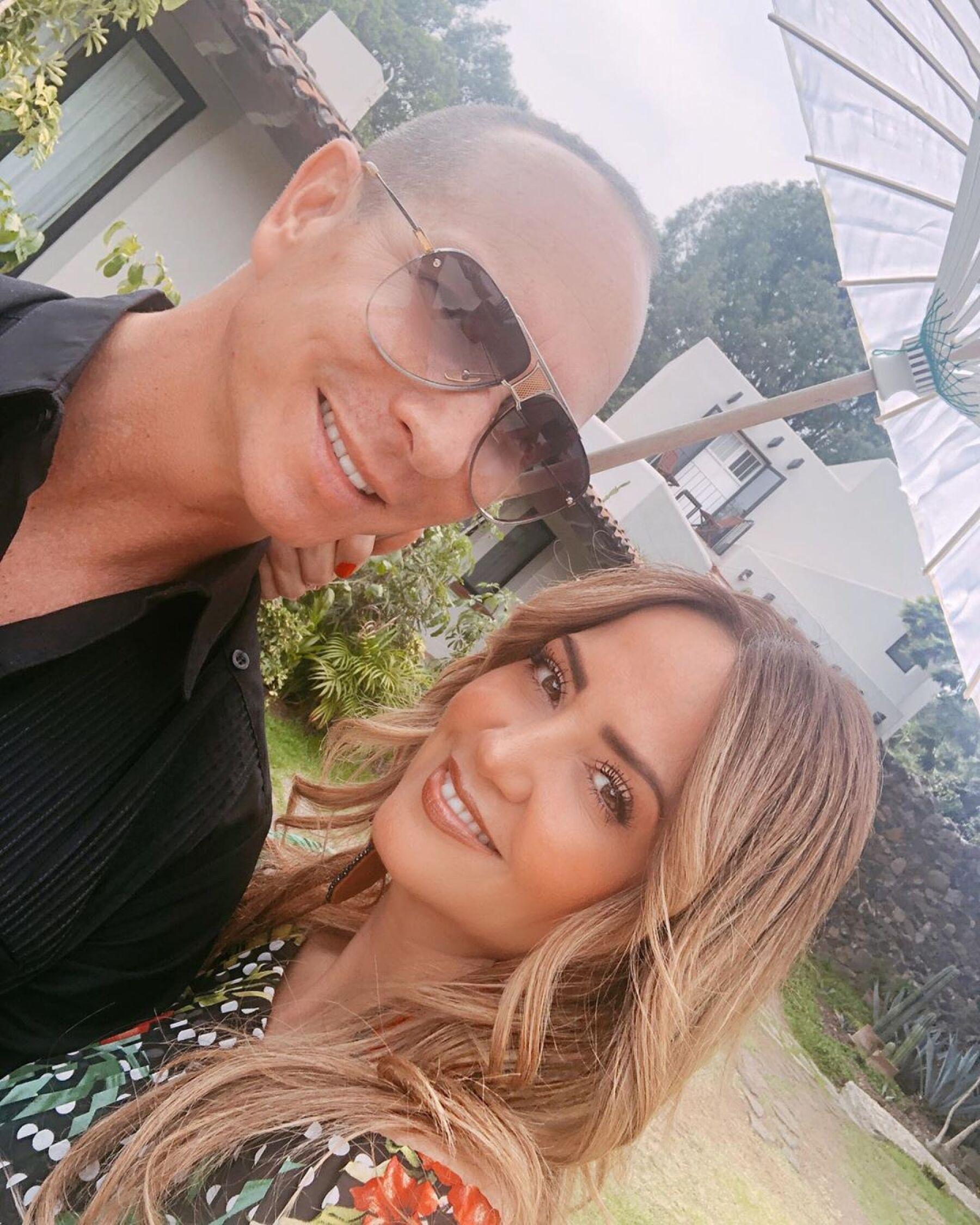 Andrea Legarreta y Erik Rubín