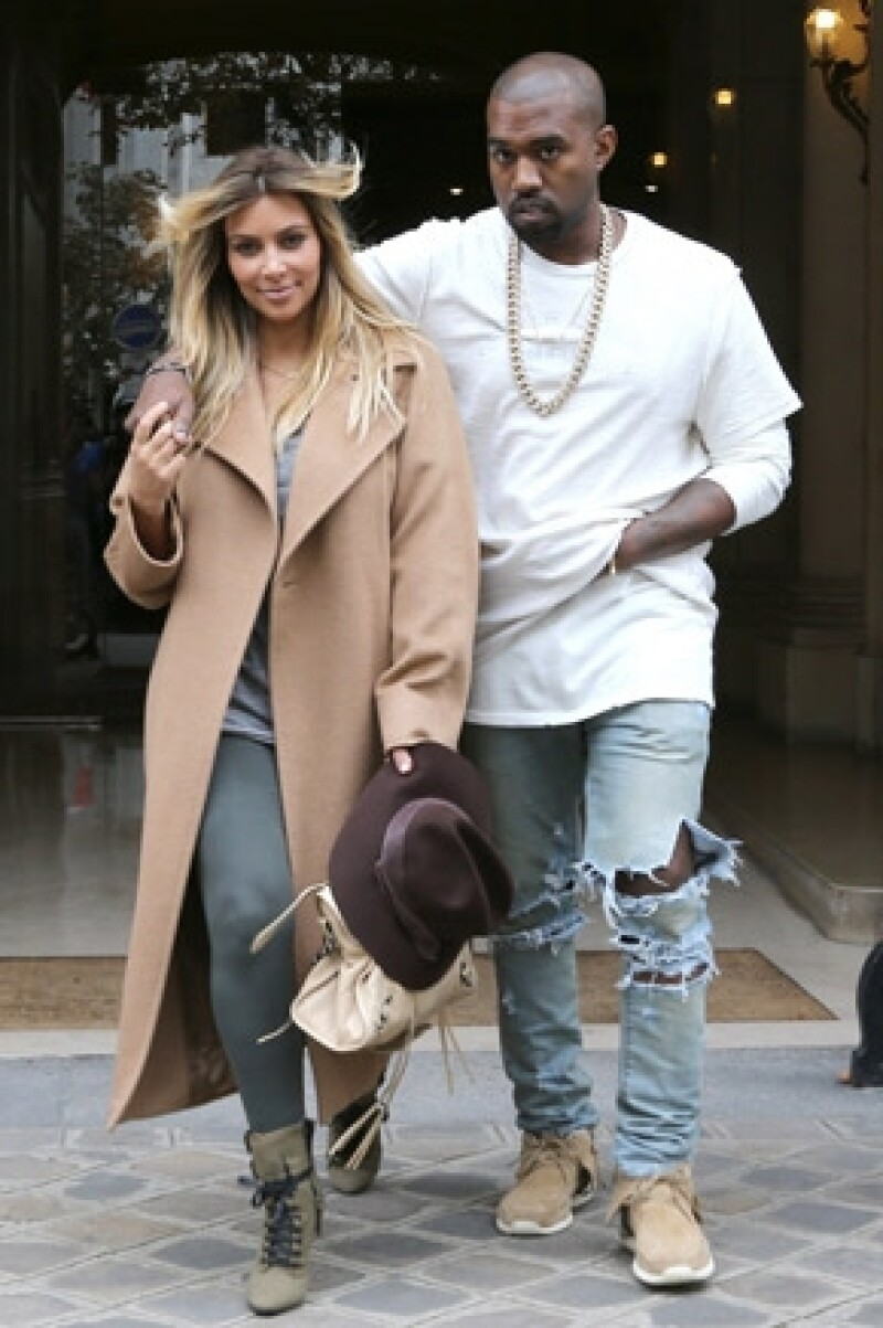 La primera página de Kim Kardashian y Kanye West en Vogue podría superar las ventas de las portadas de Beyoncé y Michelle Obama.