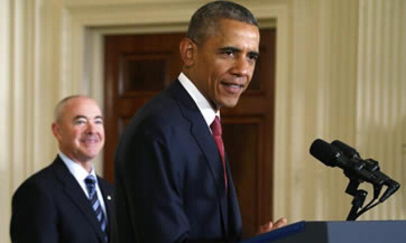 Obama busca destinar 1,100 mdd al Servicio de Inmigración. (Foto: Reuters)