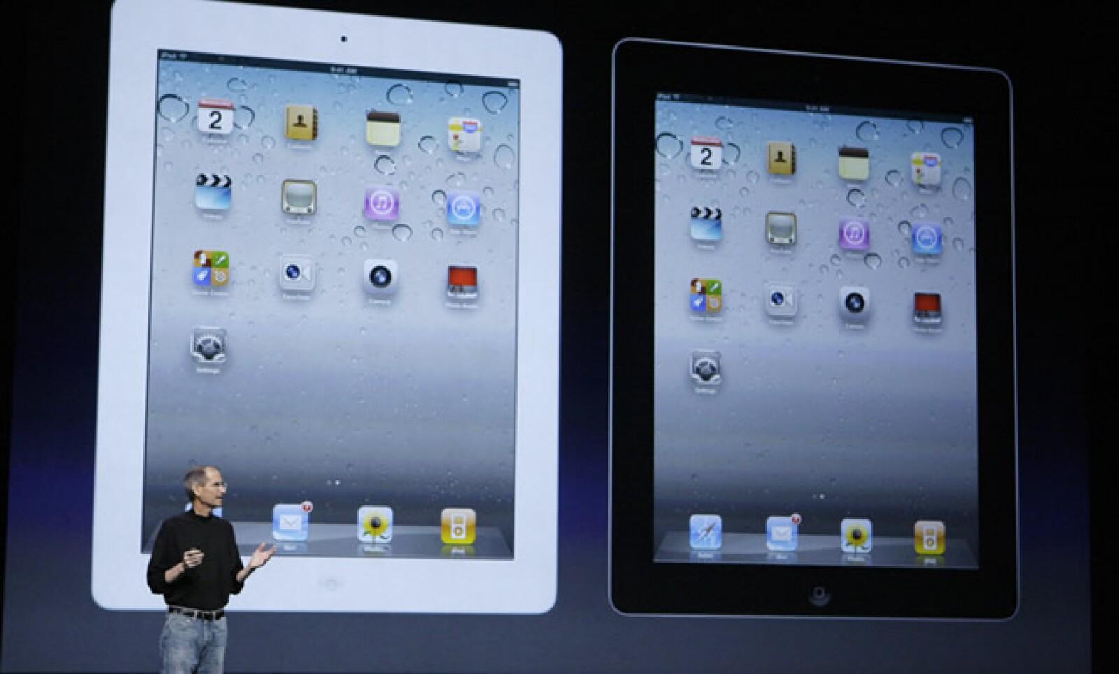 La iPad 2 vendrá en color negro y blanco. Jobs prometió que se distribuirán ambas al mismo tiempo. Nada quiere otro chasco como el color blanco del iPhone 4.