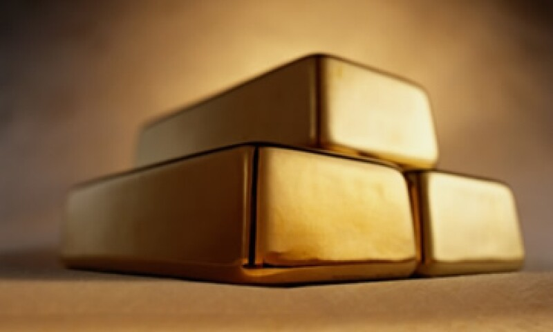 El lingote puede oscilar entre 1,700 y 1,800 dólares a corto plazo, para luego continuar cayendo. (Foto: Thinkstock)